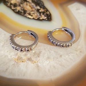 Vintage Dainty silver hoop earrings, GUC